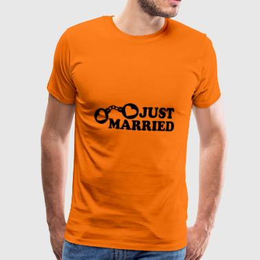 Just Married Handcuffs hart - Mannen Premium T-shirt