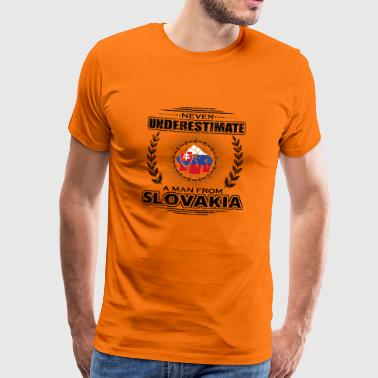 Never underestimate man Roots SLOVAKIA png - Men's Premium T-Shirt