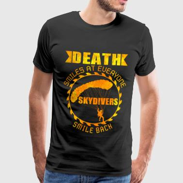 Skydive Death Smiles, Skydivers Smile Back | gave - Premium T-skjorte for menn
