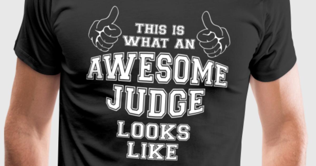 So sieht ein ehrfürchtiger Richter aus wie Geschenke von ...