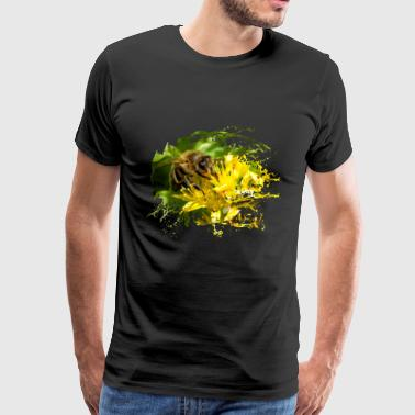 Bees pollinate plants and produce sweet honey - Men's Premium T-Shirt