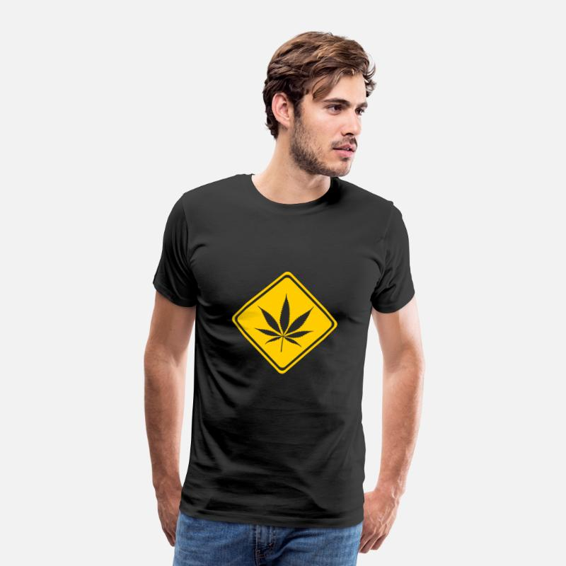 Herbe T-shirts - Avertissement signe Attention marijuana cannabis Weed - T-shirt premium Homme noir