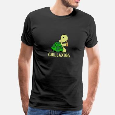 Chillax Chillaxing turtle with cocktail - Men's Premium T-Shirt
