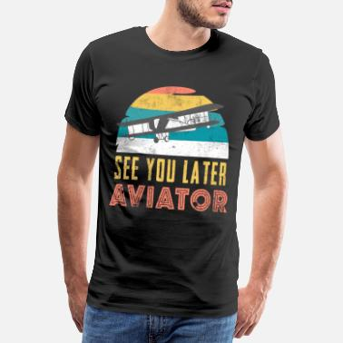 Soaring Flying pilot vacationer tourist travel gift - Men's Premium T-Shirt