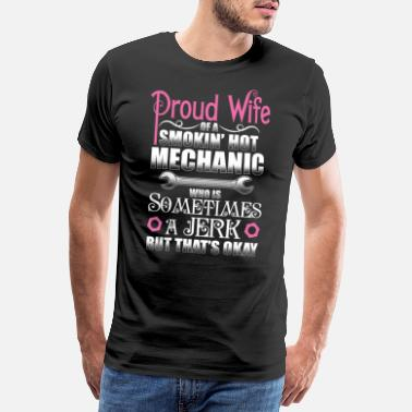 Ehefrau Mechanic - Proud Wife - EN - Männer Premium T-Shirt