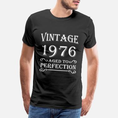 Since 1976 Vintage 1976 - Aged to perfection - Men's Premium T-Shirt