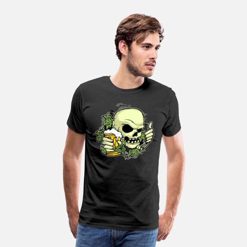 Alcohol T-Shirts - Hops beer skull - Men's Premium T-Shirt black