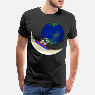 Saturn Surfing astronaut on the moon with earth gift - Men's Premium T-Shirt