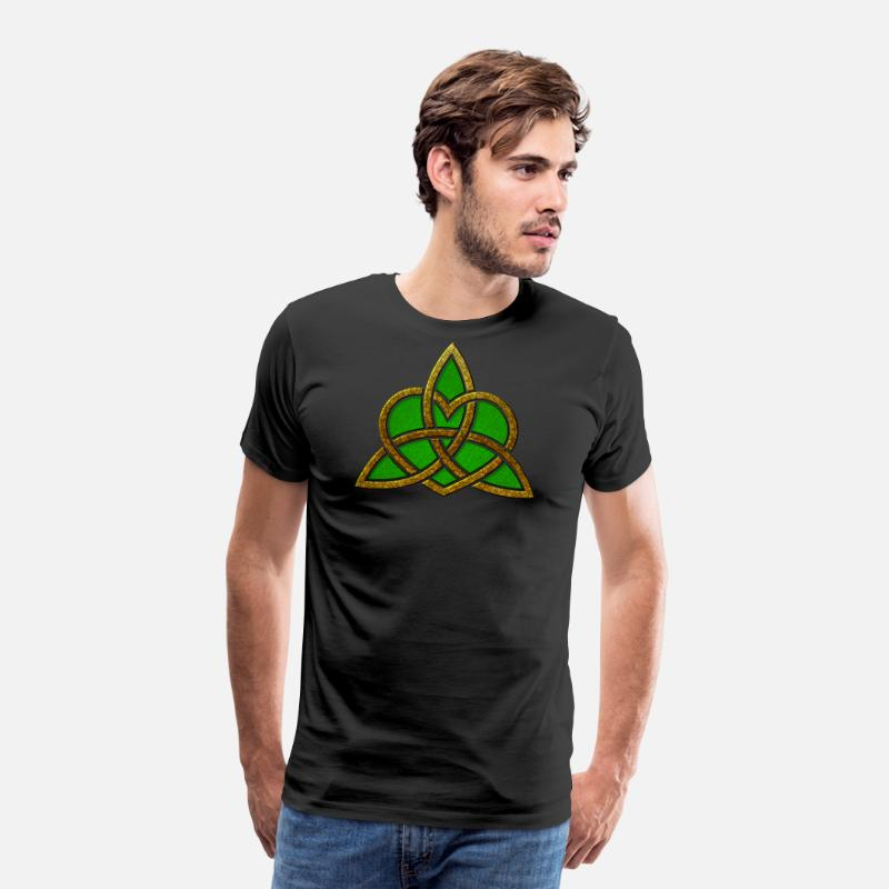 Wicca T-Shirts - St. Patricks Day Triquetra Heart Wiccan Pagan Symbol - Men's Premium T-Shirt black