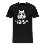 Love Is In The Air   Anti Valentinstag   Männer Premium T Shirt