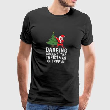 Dabbing Around Christmas Tree Funny Santa - Premium T-skjorte for menn