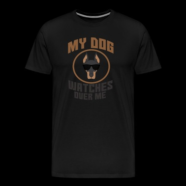 My dog (Doberman) watches over me - Men's Premium T-Shirt