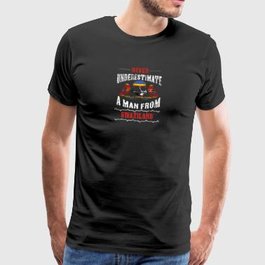 never underestimate man SWAZILAND - Men's Premium T-Shirt