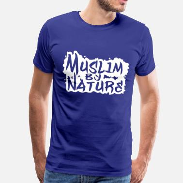 Muslim by Nature in Weiß - Männer Premium T-Shirt