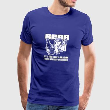 Beer Wakes Me Up Afternoon Gift - Männer Premium T-Shirt