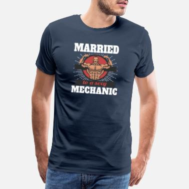 Funny 40th Birthday Married To A Sexy Mechanic - Men's Premium T-Shirt