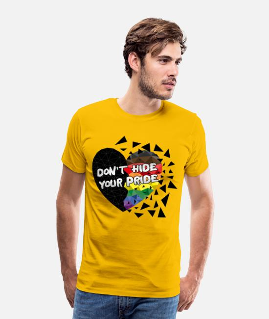 Pride Berlin T-Shirts - Rainbow Black Brown (Philly Pride Flag) - Männer Premium T-Shirt Sonnengelb