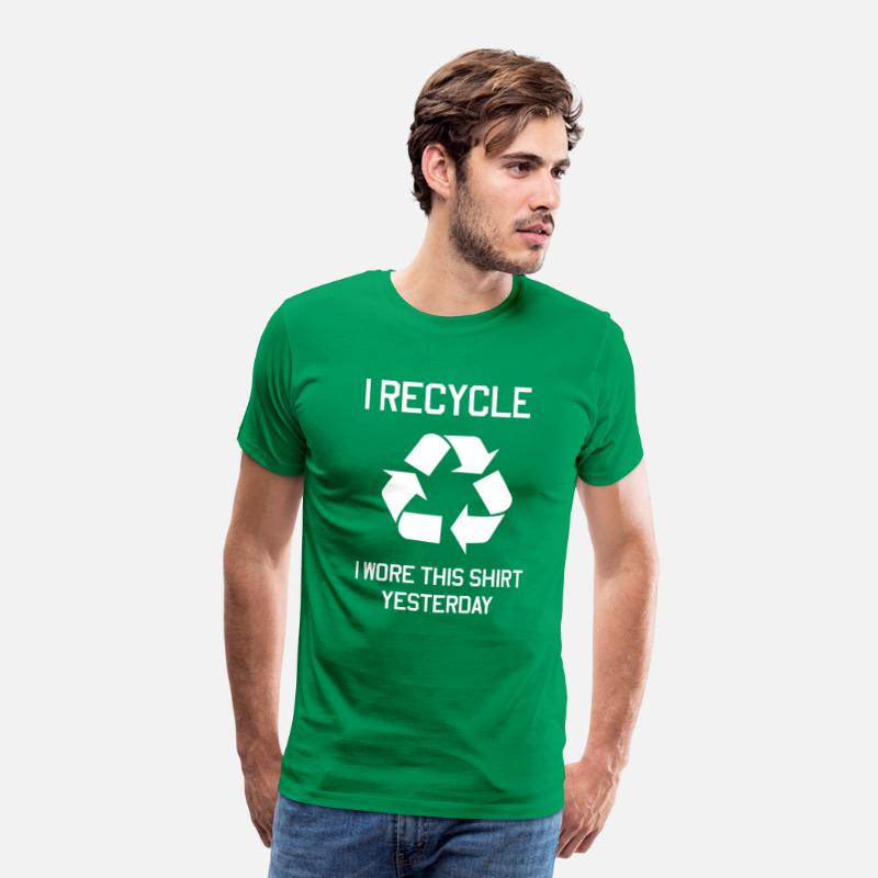 Funny T-Shirts - I recycle. I wore this shirt yesterday - Men's Premium T-Shirt kelly green
