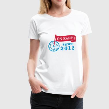 flag on earth since 2012  2c (nl) - Vrouwen Premium T-shirt