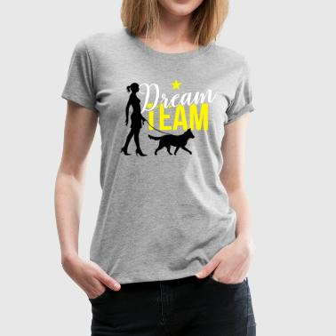 Walking the Dog - Medium Dog - Frauen Premium T-Shirt