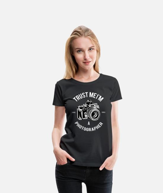 Movie T-Shirts - Trust me I'm a Photographer photography photographer - Women's Premium T-Shirt black