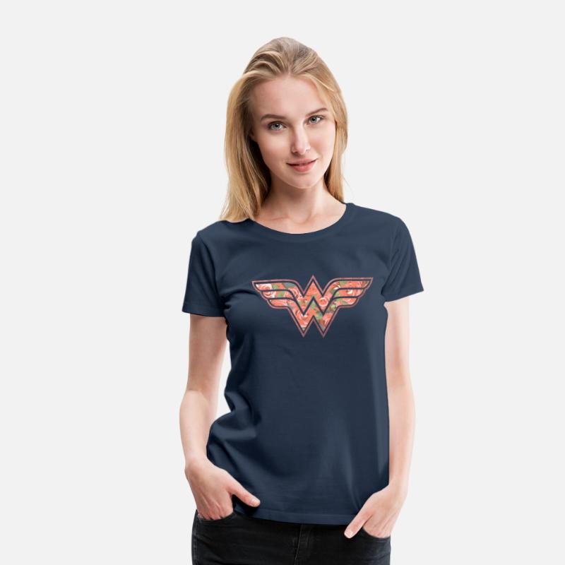 Officialbrands T-Shirts - DC Comics  Florales Logo Rosen - Frauen Premium T-Shirt Navy