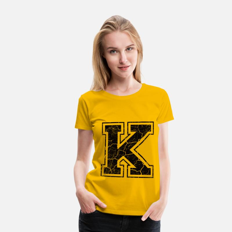 Letter T-Shirts - Letter K in the grunge look - Women's Premium T-Shirt sun yellow