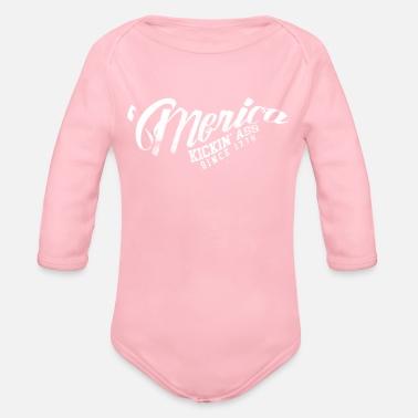 a8d9a83008a9bc 4. Juli Merica Kickin Ass seit 1776 Baby Langarmshirt