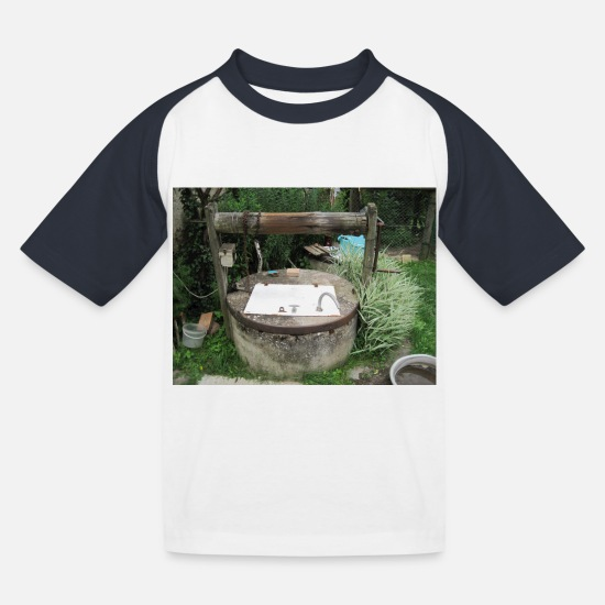 Brunnen T-Shirts - ein Brunnen - Kinder Baseball T-Shirt Weiß/Navy
