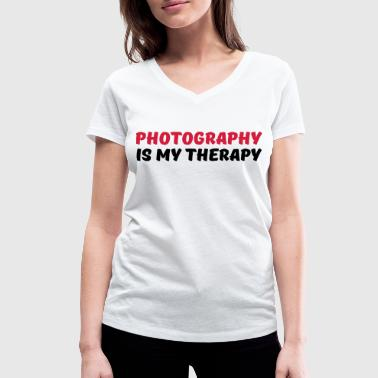 Photography is my therapy - Vrouwen bio T-shirt met V-hals van Stanley & Stella