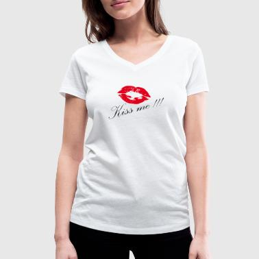 Kissing - kiss me - Women's Organic V-Neck T-Shirt by Stanley & Stella