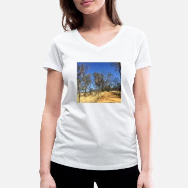 Outback Outback australia unsettled road - Women's Organic V-Neck T-Shirt by Stanley & Stella