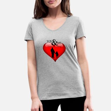 Papa Design Papa in love, papa in love - Women's Organic V-Neck T-Shirt by Stanley & Stella