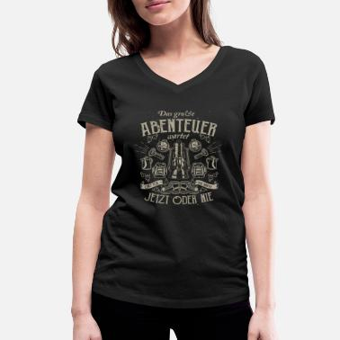 2f8c249df391d1 Das große Abenteuer - Camping Shirt Geschenk - Frauen Bio T-Shirt mit V-