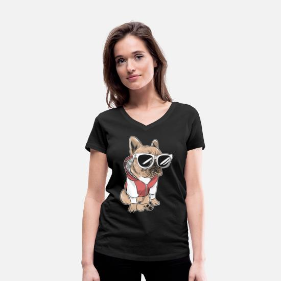 Fur T-Shirts - French bulldog with sunglasses and jacket - Women's Organic V-Neck T-Shirt black