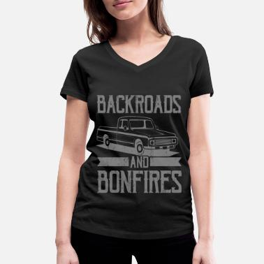 BACKROADS AND BONFIRES US Pickup Vintage US Car - Women's Organic V-Neck T-Shirt