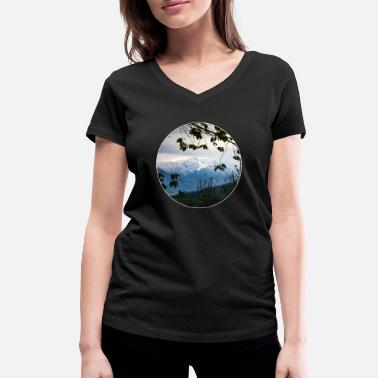 Alps Alps - Women's Organic V-Neck T-Shirt