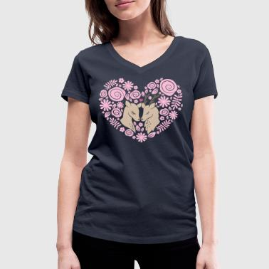 Deer love - Women's Organic V-Neck T-Shirt by Stanley & Stella