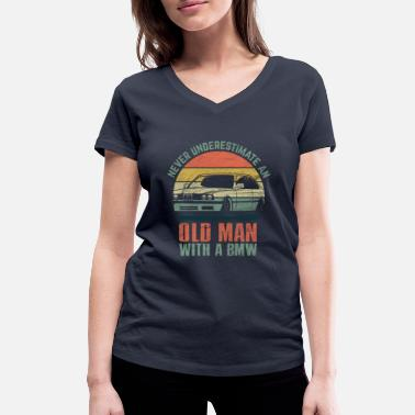 Drive Driving cars - Women's Organic V-Neck T-Shirt