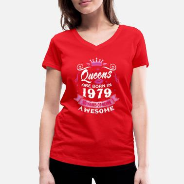 40th Birthday 40th birthday Queens 1979 40 Years Being Awesome - Women's Organic V-Neck T-Shirt