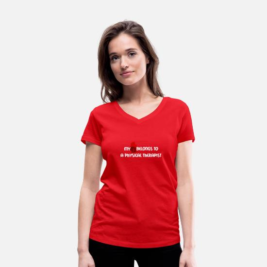 Gift Idea T-Shirts - My (heart) belongs to a physiotherapist - Women's Organic V-Neck T-Shirt red