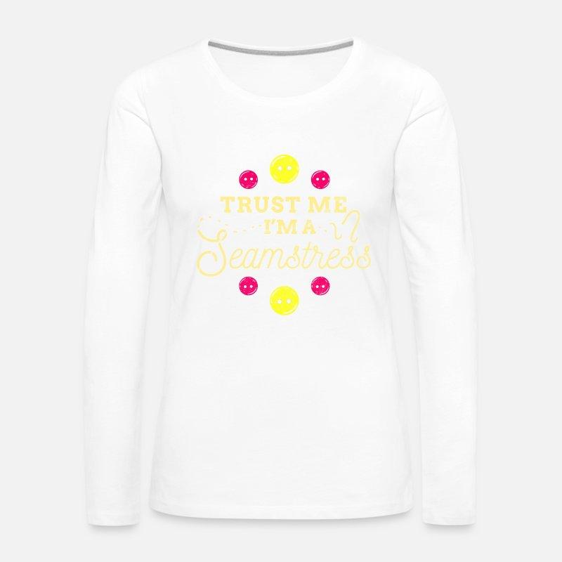Nähmaschine Nähen Sie Fadengarn Näherin von Tshirt Fabric | Spreadshirt