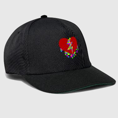 Broken heart, closed by pixels - Snapback Cap