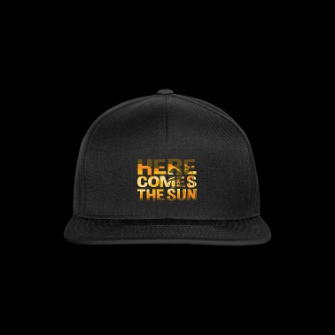 Here Comes The Sun Zomer T-shirt - Snapback cap