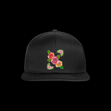 Several red roses floral design gift idea - Snapback Cap