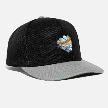 Snowfall A reindeer alone in the forest with snowfall - Snapback Cap