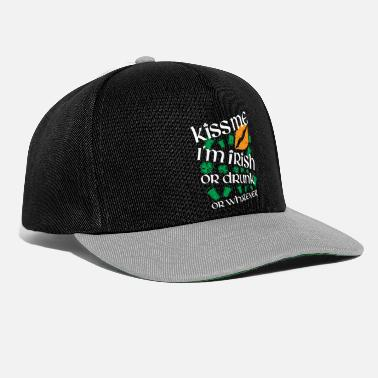 Irish Kiss me i'm irish - Snapback Cap