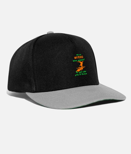 Horror Caps & Hats - Witches Wear Underwear? - Snapback Cap black/grey