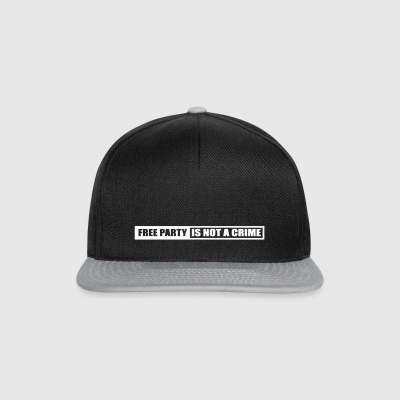 Free party is not a crime - Snapback Cap