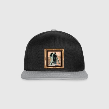 Antique statue in a chic setting - Snapback Cap